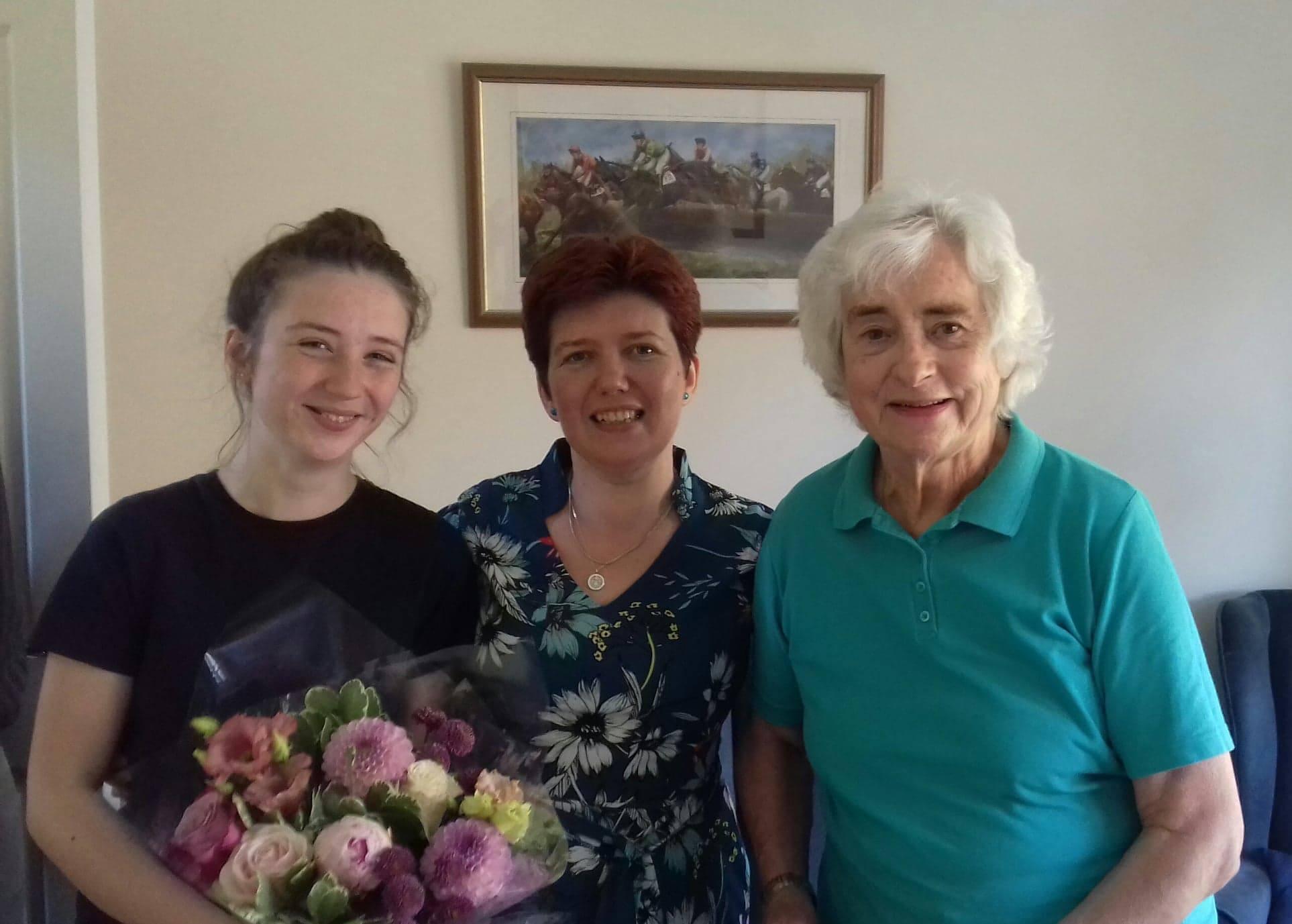 trei generatii