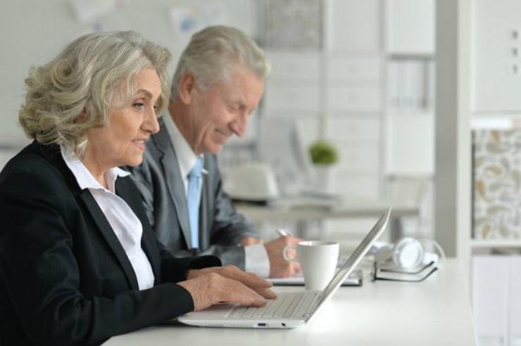 varsta pensionare femei